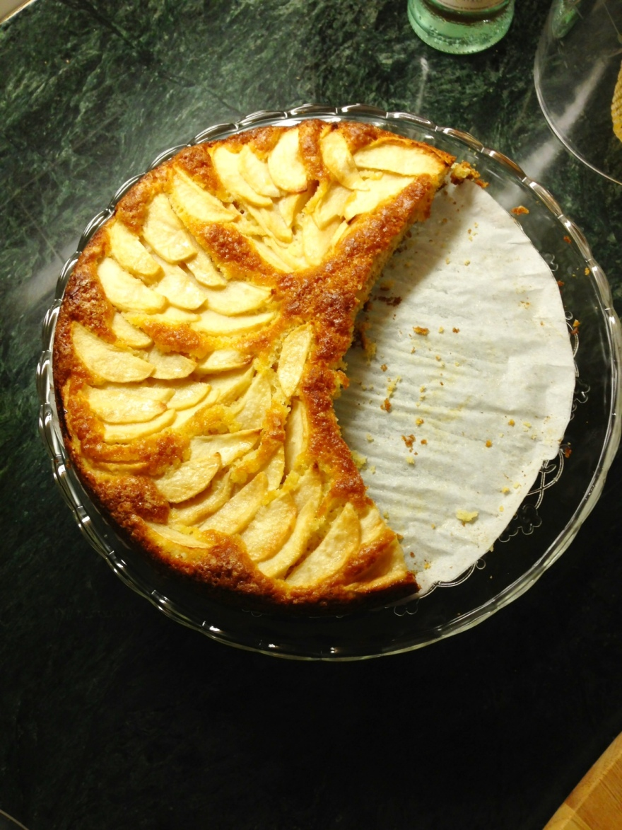 Unpredictable Apple yogurt cake