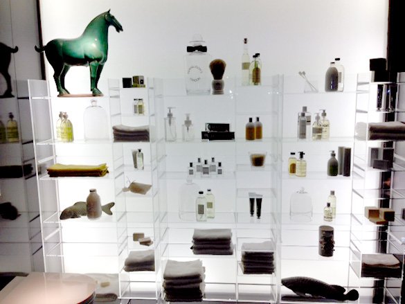 Ludovica + Roberta Palomba's plastic bathroom shelving system for Kartell