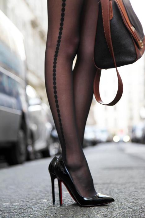 Pumps with stockings