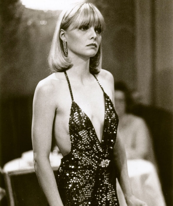 Michelle-Pfeiffer-in-Scarface-michelle-pfeiffer-11498785-840-1000